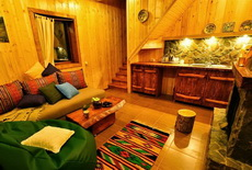 book cottage or hostel room